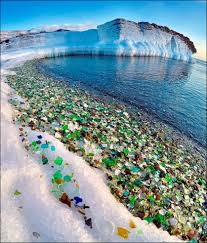 the glass beach of california