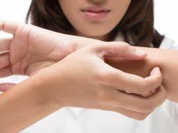 Chlorine rash: Symptoms, causes, and treatment