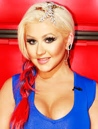 the voice dels on christina aguilera s patriotic makeup and