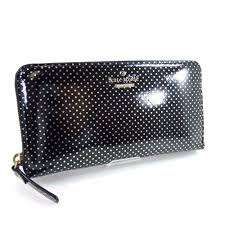round purse with coin pocket patent leather women