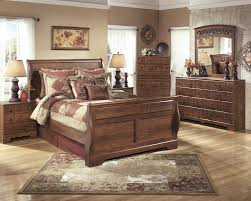 Mirrored Bedroom Dresser Timberline 5 Pc Bedroom Dresser Mirror Queen Sleigh Bed