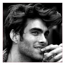 Messy Hairstyle For Guys Best Hairstyle For Round Face Men Also Messy Hair For Guys All