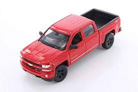 Amazon.com: Welly 2017 Chevy Silverado, Red 24083/4D - 1/24 Scale ...