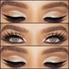 quenalbertini bold gold eyeshadow look
