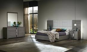 Contemporary Bedroom Set Sets Chicago Euro Screens In Sweet Idea