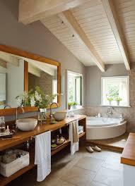 60 Erstaunliche Badezimmer Umgestaltungen Im Dachgeschoss