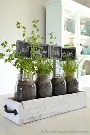 diy table top herb garden from an old pallet via make