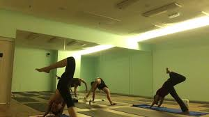 hot vinyasa flow 60 min matty k at life hot yoga