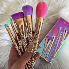 unicorn brush sets. get the app mercari for high end makeup a discount/free! just use. unicorn brush setunicorn sets