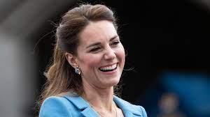 Herzogin Kate: Bruder James hat geheiratet - und die Prinzen-Familie war  dabei!