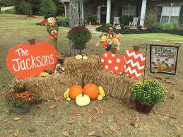 Outdoor Decorating For Fall Best 25 Outdoor Fall Decorations Ideas On Pinterest Autumn