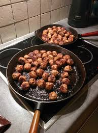 Swedish meatballs for our family's Christmas buffet : food