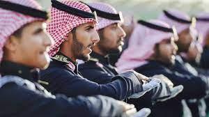 كلية الملك خالد العسكرية تفتح باب القبول لحملة الثانوية العامة.. تعرَّف على  المواعيد والشروط