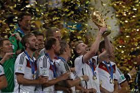 ألمانيا تنتزع لقب #كأس_العالم وتتربع على عرش الكرة للمرة الرابعة
