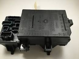 genuine oem ford junction fuse box assembly lz a ab image is loading genuine oem ford junction fuse box assembly 4l1z
