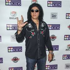 gene simmons son tongue. gene simmons tongue kiss ebay strong museum of play longtime mending kids international supporter mel gibson son g