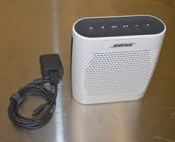 bose 415859. bose soundlink color bluetooth wireless speaker, white 415859