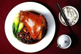 slow cooker braised pork hocks food