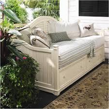 996200 universal furniture paula deen home linen bedroom daybed