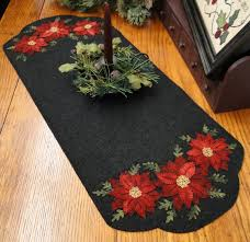 Poinsettia Designs Poinsettia Runner