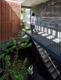 Resort In House Alpes Green Design Build Alpes Green Design Build Constructs Concrete Townhouse