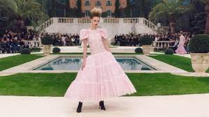 The <b>Spring</b>-<b>Summer 2019</b> Haute Couture Show — CHANEL ...