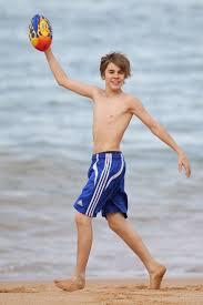 justin bieber beach spl  justin bieber sydney