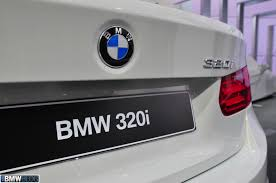 BMW 3 Series 2013 bmw 320i review : 2013 BMW 320i tested by Car and Driver