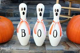 Decorated Bowling Pins Bowling Pin Ghosts The Rustic Pig 9