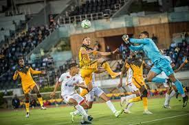تقارير مغربية: كايزر تشيفز الجنوب أتلف ملعب مباراته ضد الوداد المغربي في  دوري أبطال إفريقيا – في المدرج