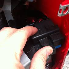 connecting a battery tender to a honda ruckus dadand com popping off the honda ruckus fuse box cover