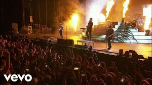 Fall Out Boy There S A Light On In Chicago My Songs Know What You Did In The Dark Light Em Up Boys Of Zummer Live In Chicago