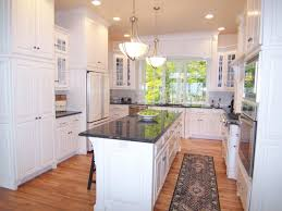 UShaped Kitchens HGTV - Kitchens remodel