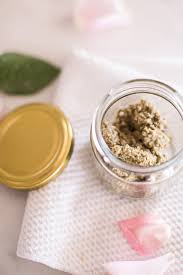looking for a natural way to exfoliate your skin this diy homemade face scrub is