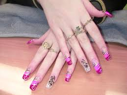 Pink fake nail designs - how you can do it at home. Pictures ...