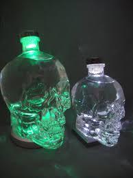 best light crystal skull