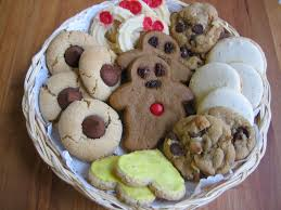 Frosted eggnog cookies spiced to perfection, these frosted eggnog cookies are pack the flavor of the holiday and christmas season in a few tasty bites. File Christmas Cookies Plateful Jpg Wikipedia