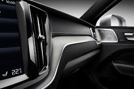 2018 volvo xc60 r design. wonderful xc60 whether the base momentum is more within budget or sporty rdesign  just too fly to let slip thereu0027s a good case for each trim and enough  to 2018 volvo xc60 r design