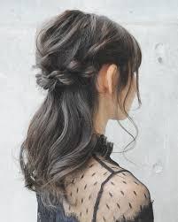 黒髪でも色気が欲しいのゆるっと女っぽい簡単モテヘアアレンジ