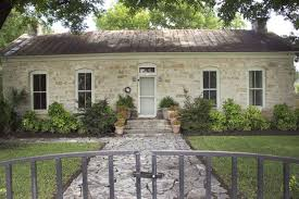 texas hill country cottages. Delighful Country Rose And Texas Hill Country Cottages