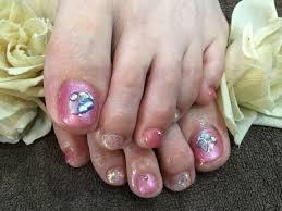 Nail Salon Freestyleシェルストーンで夏らしくピンク系のフット