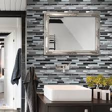accent walls can be a stunning addition to a bathroom