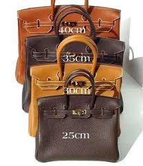 hermes birkin 25 vs 30. the birkin is available in 4 different sizes: 25, 30, 35 (most commonly seen on a-list celebrities), and 40. hermes 25 vs 30 m
