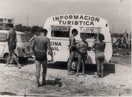 Resultat d'imatges de turismo años 60 españa