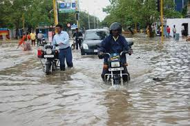 Heavy rainfall in Chennai : schools and colleges are closed today