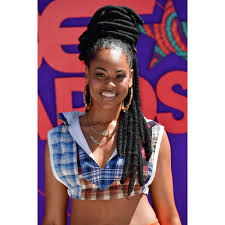 Length of face is shorter than oval, as well. 15 Best Locs Hairstyle Ideas How To Style Your Locs Allure