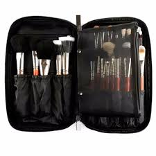 1 x makeup bag cosmetic are not included