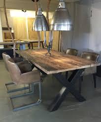 Esstische aus Massivholz, Tischplatten & Design Möbel ➜ Woodzs.de