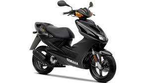 aerox r 2010 scooters yamaha motor uk yamaha aerox 155 owner's manual at Yamaha Aerox Yq 50 Wiring Diagram