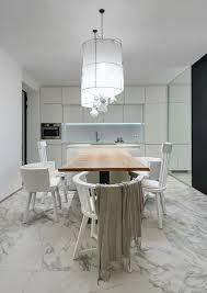 Woonkamers Een Licht Huis Met Jaloersmakende Marmeren Vloer